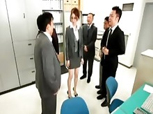 hidden-cam hot japanese kitty office secretary skirt tease upskirt