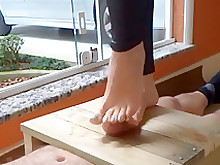 foot-fetish footjob